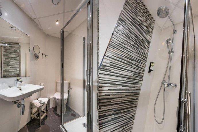 Hotel Pavillon Monceau Paris Comparez Les Offres