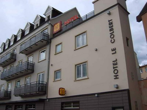 P'tit Dej-Hotel Colbert