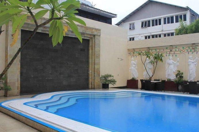 Garden Hotel Surabaya