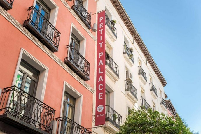 Hotel Petit Palace Tres Cruces Centro