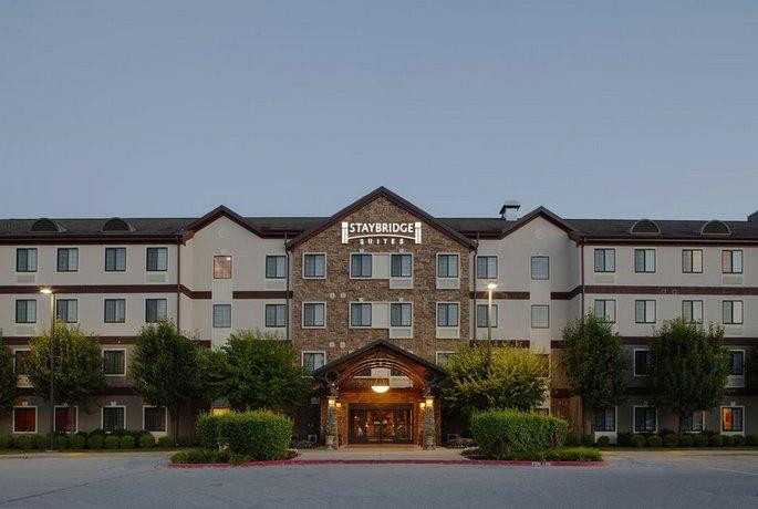 Staybridge Suites Fayetteville