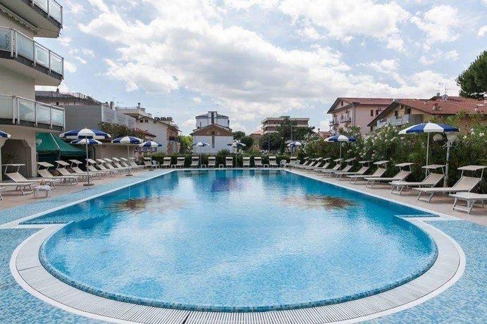 Hotel Universal Cervia Italy