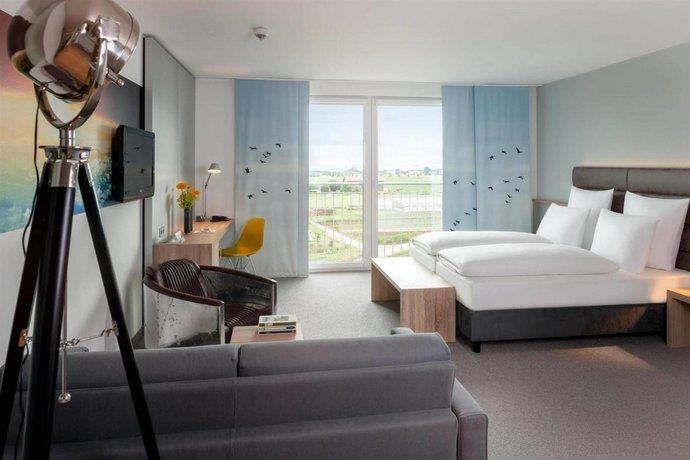 Stuttgart Airport Hotels Walking Distance