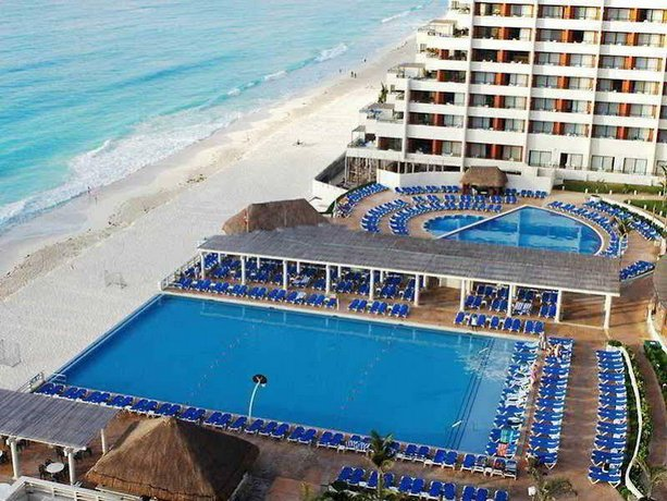 Crown Paradise Cancun >> Crown Paradise Club Cancun All Inclusive Compare Deals