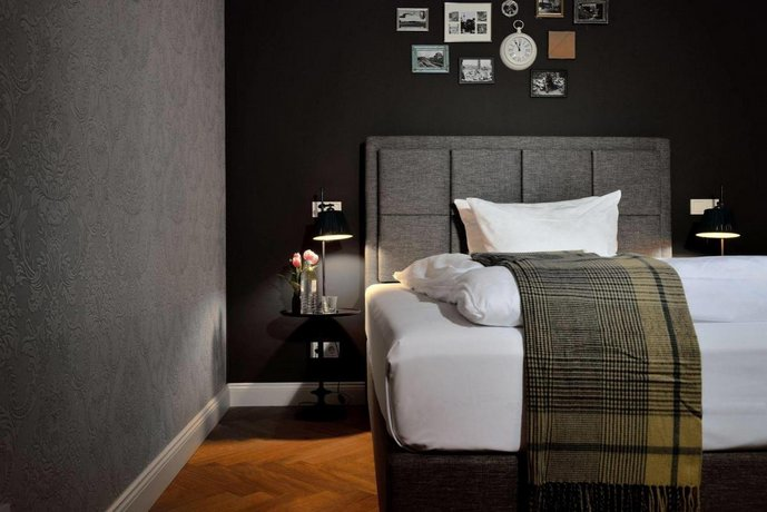 syte hotel mannheim die g nstigsten angebote. Black Bedroom Furniture Sets. Home Design Ideas