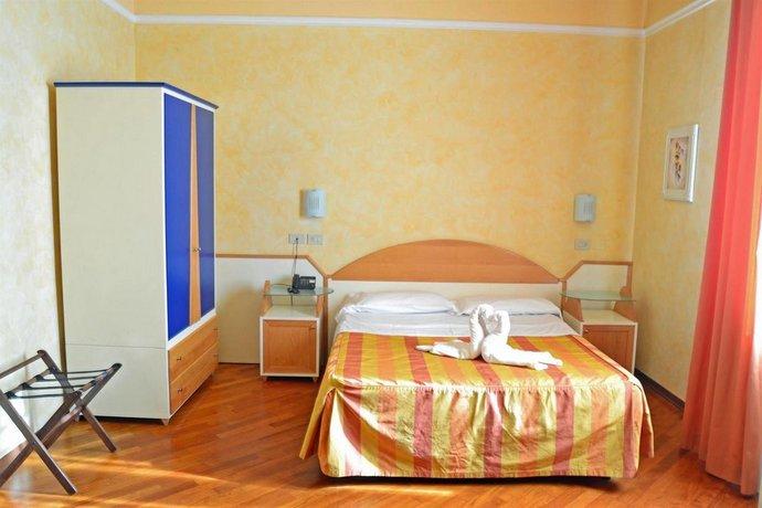 hotel soggiorno athena pise comparez les offres. Black Bedroom Furniture Sets. Home Design Ideas