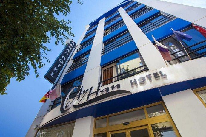Ayhan Hotel