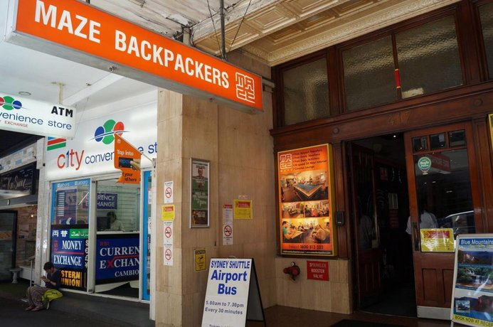 maze backpackers sydney compare deals. Black Bedroom Furniture Sets. Home Design Ideas
