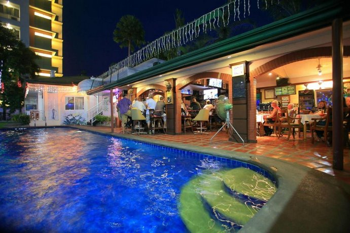 Guest Friendly Hotels in Angeles City - Orchid Inn Resort