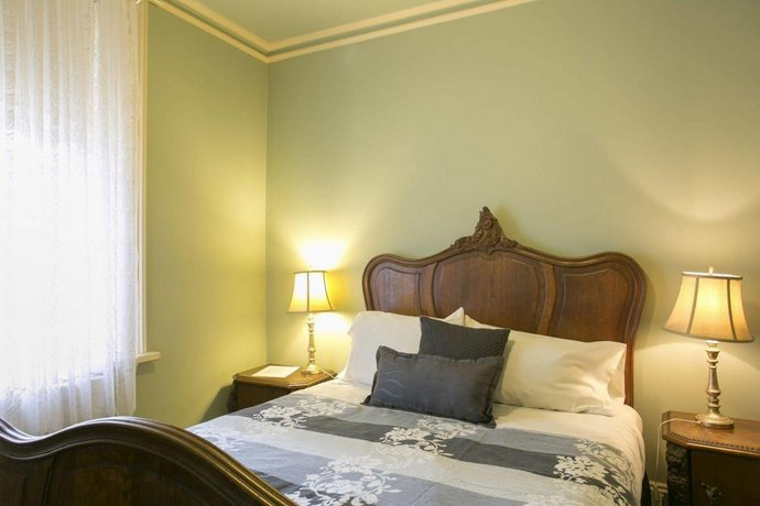 Bed And Breakfast Daylesford Area