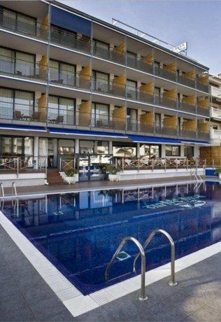 Port Salins Hotel, Empuriabrava - Compare Deals