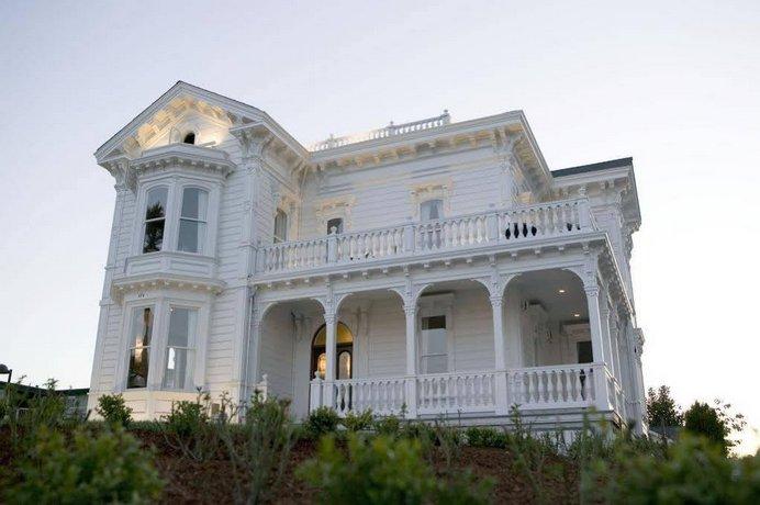 West Cliff Inn A Four Sisters Inn