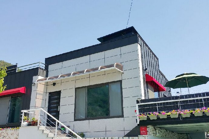 Yeosu Sarang Nye Unshared House Pension