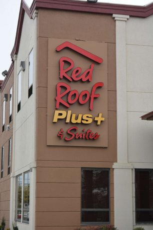 Red Roof Inn PLUS+ & Suites Chattanooga Downtown
