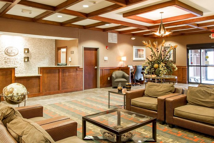 Comfort Suites Grand Rapids North Comstock Park