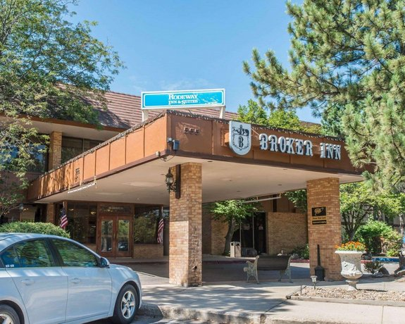 Rodeway Inn & Suites Broker Boulder