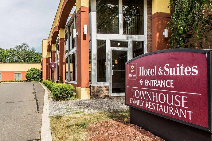 Clarion Hotel & Suites Hamden - New Haven