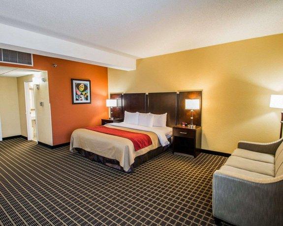 Clarion Inn  U0026 Suites Miami International Airport