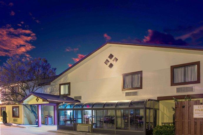 Super 8 Motel Champaign
