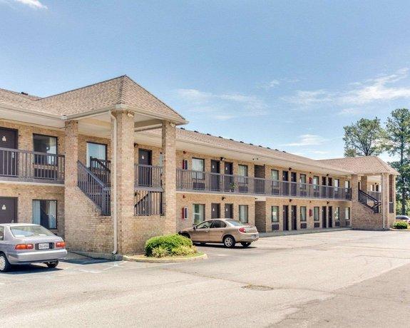 Econo Lodge Suffolk Virginia