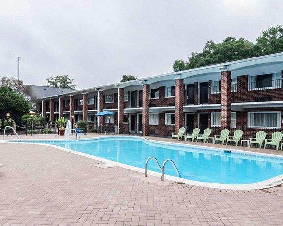 Quality Inn & Suites Williamsburg