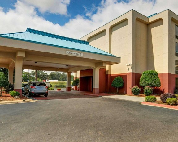 Quality Inn & Suites Little Rock