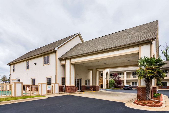 Econo Lodge Inn and Suites Bryant