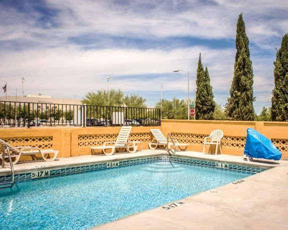 Econo Lodge University Tucson