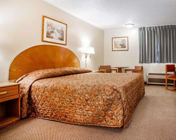 Hotel Rooms In Newton Iowa