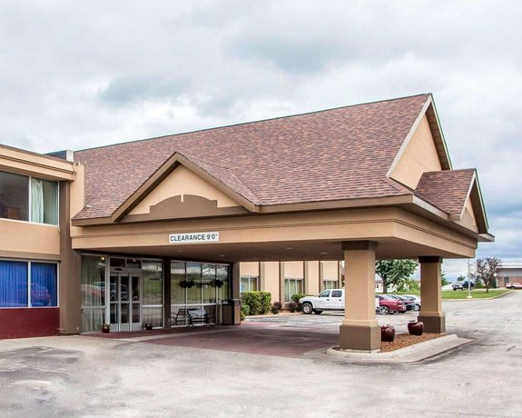 Quality Inn Fort Dodge - Compare Deals