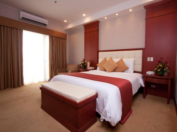 Guest Friendly Hotels in Angeles City - Lewis Grand Hotel