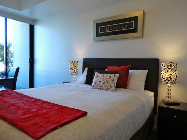 Melbourne Holiday Apartments Flinders Wharf Melbourne