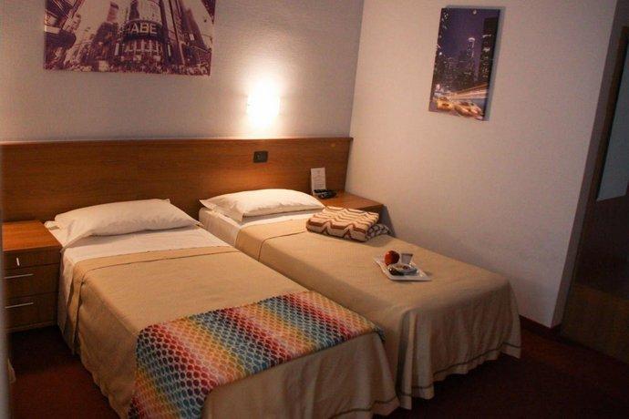 Hotel Lux Alessandria
