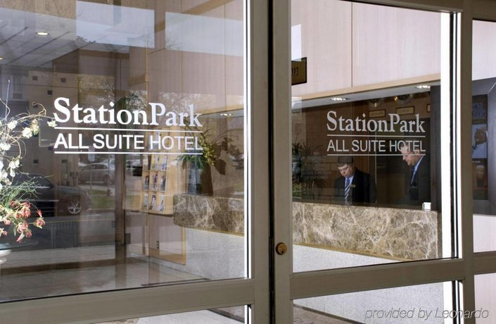 Station Park All Suite Hotel  Pall Mall Street London