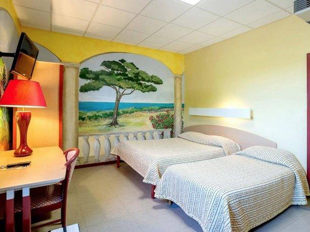 Logis Hotel Le Saint Vincent Lyon Sud  Vourles