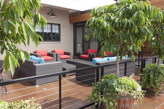 the inn at opryland a gaylord hotel nashville compare deals. Black Bedroom Furniture Sets. Home Design Ideas
