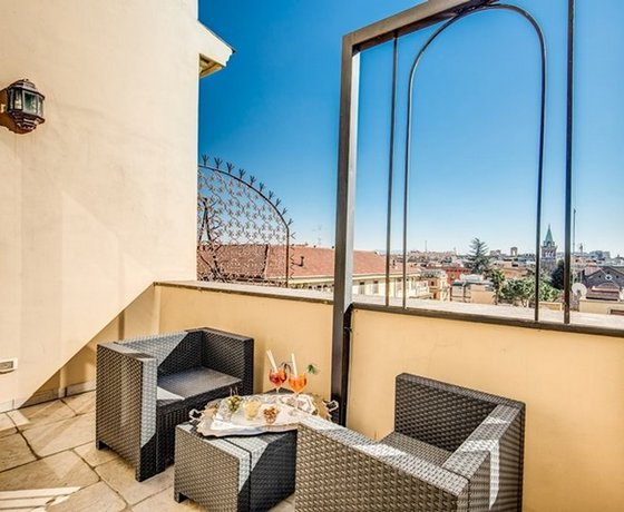 hotel romanico palace rome comparez les offres. Black Bedroom Furniture Sets. Home Design Ideas