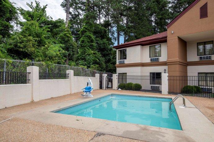 Red Roof Inn & Suites Jackson Brandon Mississippi