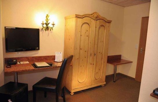 hotel wilder mann aschaffenburg encuentra el mejor precio. Black Bedroom Furniture Sets. Home Design Ideas