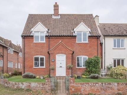 1 Market Hill Orford - Central Orford