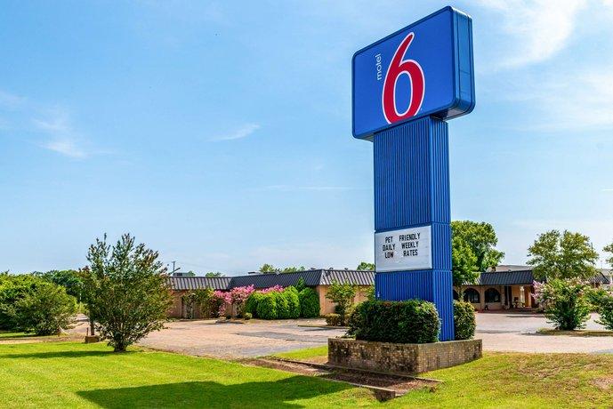 Motel 6 Natchitoches LA