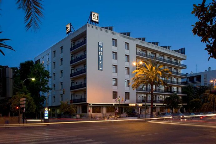Hotel NH Avenida