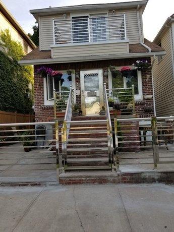 Homestay - Hamilton ' s Hideaway
