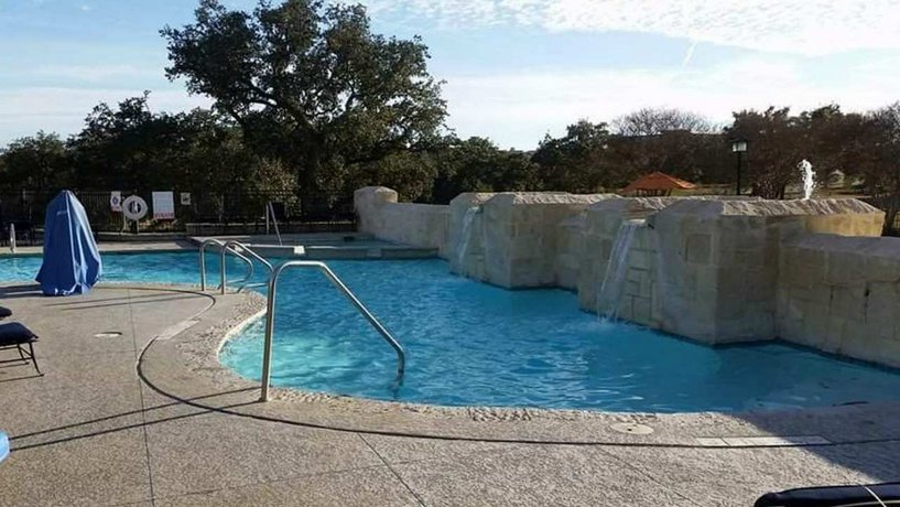 Hilton San Antonio Hill Country Hotel Spa