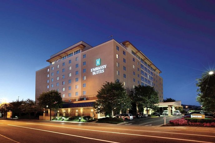 Embassy Suites Hotel Charleston