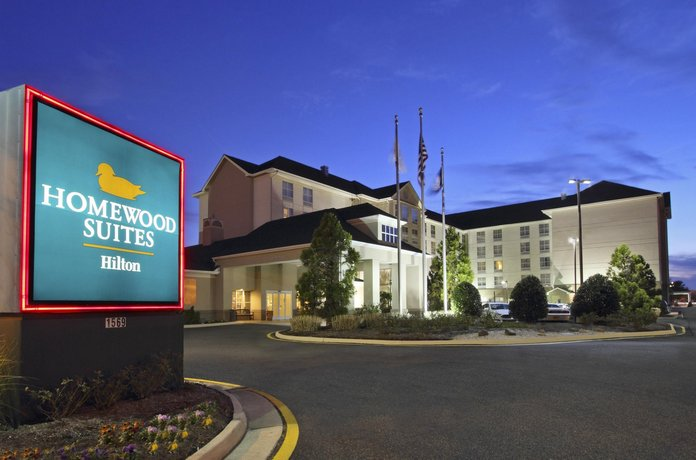 Homewood Suites by Hilton Chesapeake - Greenbrier