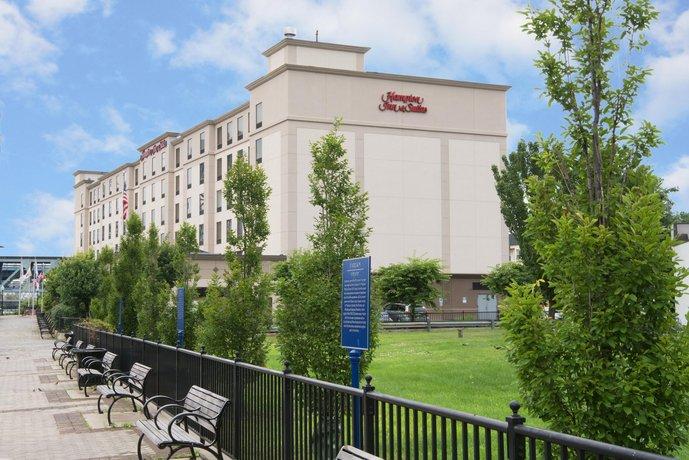 Hampton Inn Newark-Harrison-Riverwalk