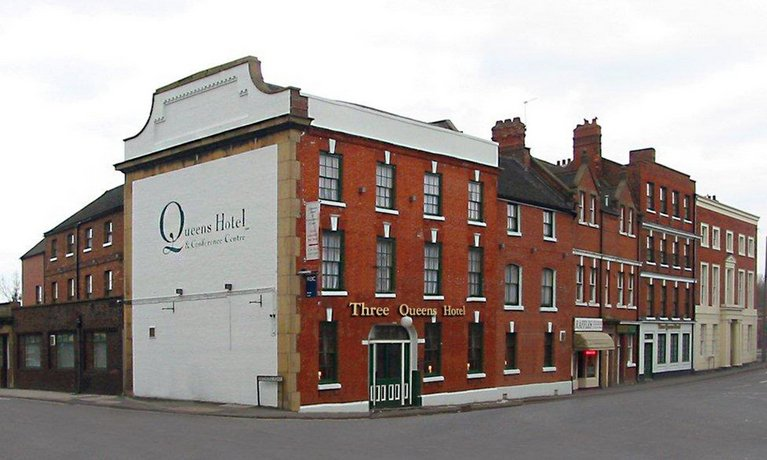 Three Queens Hotel