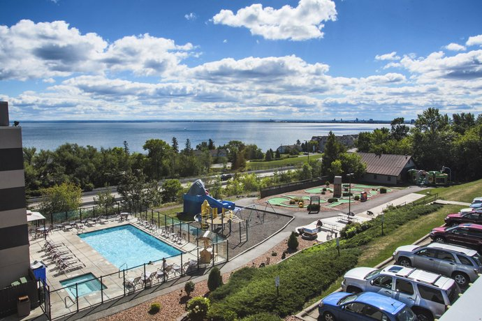 Edgewater Resort Amp Waterpark Duluth Compare Deals