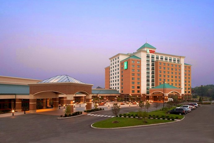 Embassy Suites St Louis-St Charles Hotel & Spa